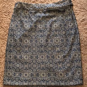 The limited skirt size 6 blue lace